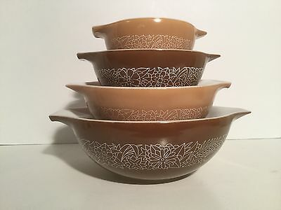 Vintage pyrex woodland mixing bowls set of 4