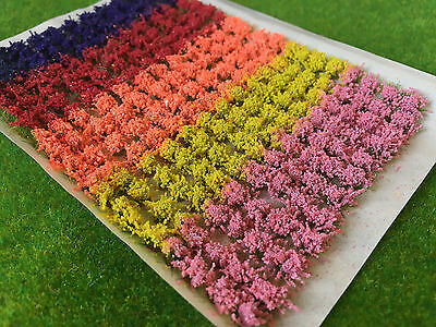 Small Mixed Flower Tufts - Model Scenery Static Grass Warhammer Railway Field