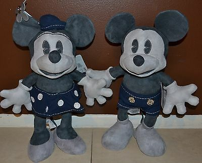 D23 Limited Edition Mickey & Minnie Mouse Plush Set Lot 25th Anniversary