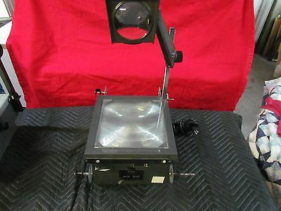 Eiki 3860A Overhead Transparency Projector