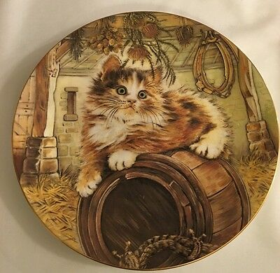 Royal Worcester Plate - Kitten Classics Collection - Country Kitty 1985