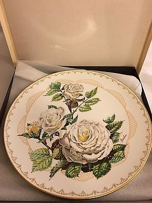 The Edward Marshall Boehm Roses Of Excellence Collection White Lightnin 1982
