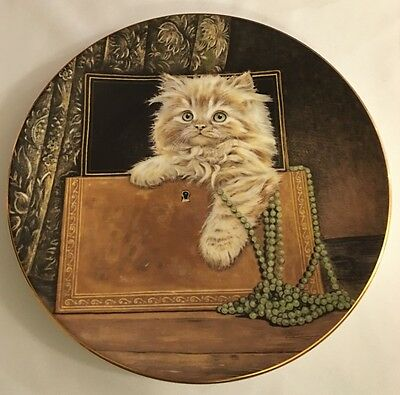 Royal Worcester Plate - Kitten Classics Collection - Puffect Treasure 1985