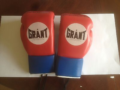 VINTAGE SIGNED REAL Made In Mexico Grant Boxing Gloves Not Winning Not Reyes