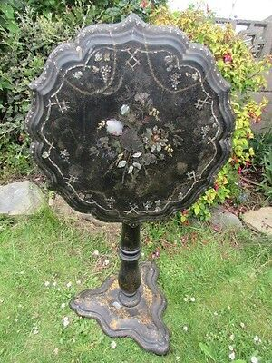 English Victorian Papier Mache Mother Of Pearl Tilt Top Occasional Table