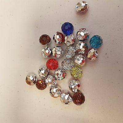 Round faceted acrylic mixed buttons