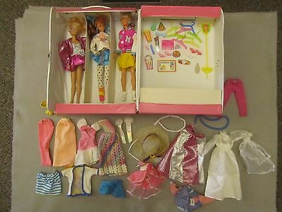 Vintage Fashion Doll Trunk w/BARBIE & 2 FRIENDS plus Accessories