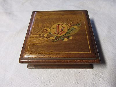 Pretty Vintage WOODEN INLAID BOX With Hinged Lid