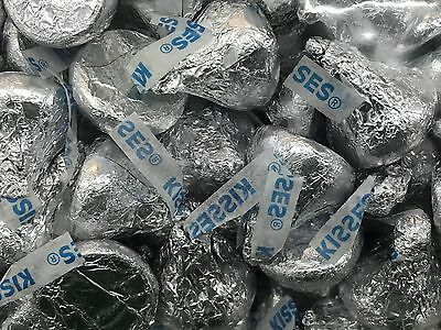 Hershey's KISSES Milk Chocolate SILVER COLOR 1KG bag