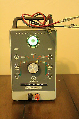 Vintage Heathkit Capacitor Tester Model CT-1 ( IT-22 ) Good working condition.
