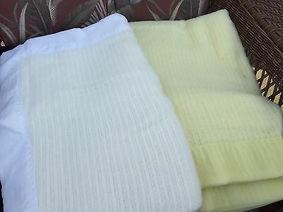 Vintage Baby Blanket Set Of 2 Yellow White Sterncraft New (F2)
