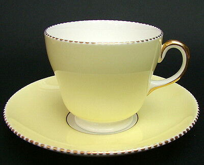 1930's Wedgwood W4098 Lemon Yellow Spotted Edge Tea Cups & Saucers Look in VGC