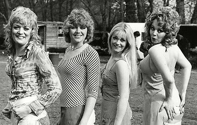 Georgina Moon and Sherrie Hewson UNSIGNED photo - H9118 - Carry On Behind