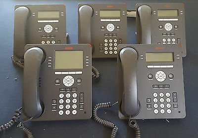 Avaya IP Office,  1-9508 and 4-9504 telephone.  Lot of 5