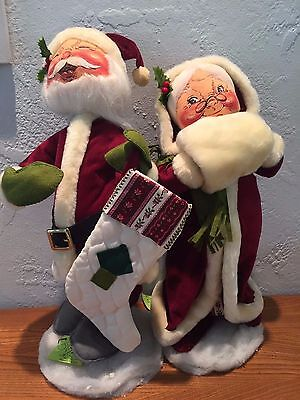 """Annalee 13"""" Mr. and Mrs. Claus with Velour outfits, white fur muff"""