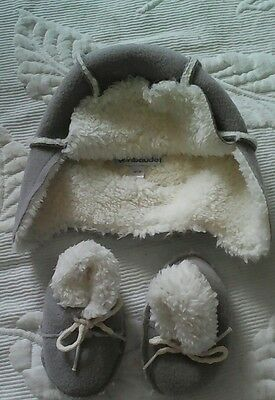 baby boy hat and booties set 0-3 months