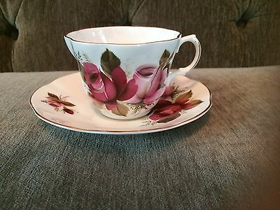 Bone China Cup & Saucer Roses made in England