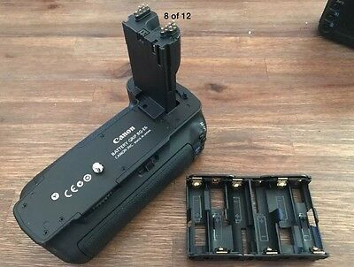 Canon BG-E6 Battery Grip for 5D Mk ii - MINT Condition - Genuine Canon