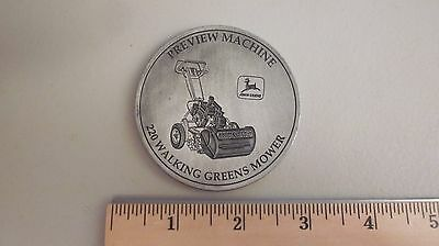 1994  JOHN DEERE GOLF & TURF FEED BACK 220  WALKING GREEN MOWER COIN Medallion
