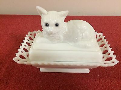 Vintage Westmoreland  White Milk Glass Kitty Cat Covered Dish 2 piece Lacy edge