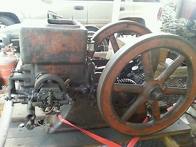 ECONOMY 1 1/2hp Hit Miss Gas Engine WEBSTER Magneto