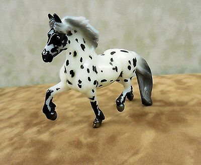 Breyer Wolfgang (#2), Stablemate Collector Club Model, Glossy Appaloosa Draft!