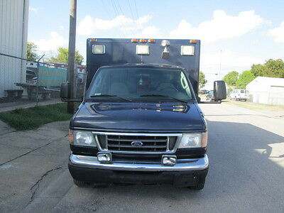 2003 FORD E 450  diesel 7.3L VERY low miles