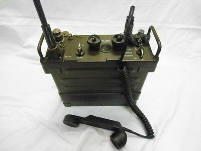 US Military Vietnam War Era PRC-25 Field Radio w/Antenna & Headset
