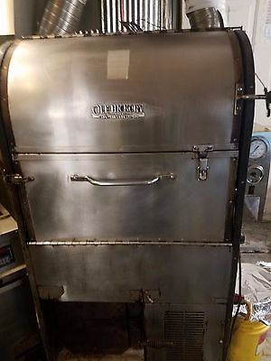 Ole Hickory Convection Tri Oven  Smoker (natural or propane)
