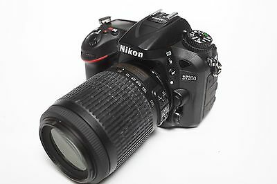 Nikon D7200 digital camera MINT with Nikon 55-200mm lens