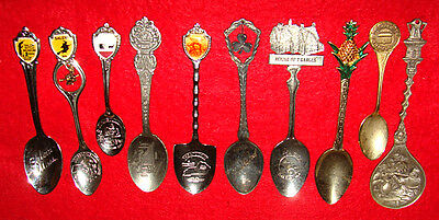 10 Vintage Collectors Spoons - Salem Mass. Witch Hawaii Ireland Cave Dutch &more