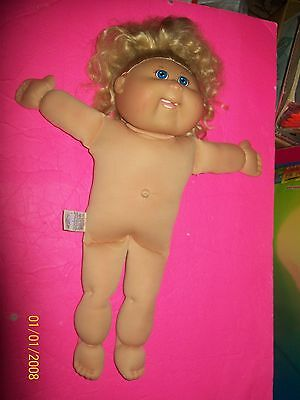 CABBAGE PATCH KID DOLL TRU DOLLS GIRL 20th anniversary special ed CORNSILK