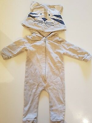Seed Tiger one piece size 0-3 months