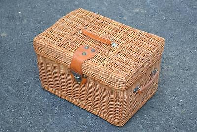 Wicker Basket Suitcase Type Storage Picnic Wire Reinforced Hamper Leather Handle