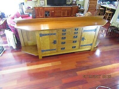 A limited reissue edition Stickley Arts and Crafts Columbus Avenue quarter sawn