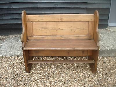CHARACTERFUL 19th CENTURY PITCH PINE SMALL CHURCH PEW SETTLE BENCH FORM ANTIQUE