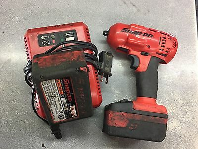 Snap On Tools 3/8 Lithium Ion Cordless Impact 2 Battery's And Charger