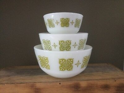3 Fire King Anchor Hocking green dutch clover mixing nesting bowls Excellent