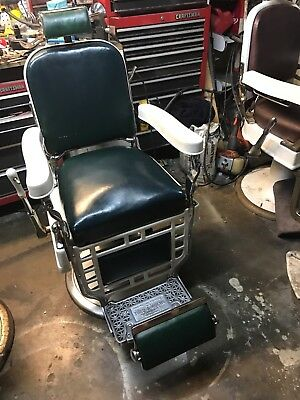 Antique  Theo Koch Barber Chair's Barber shop