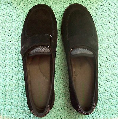 """Grasshoppers """"Canyon"""" Black Casual/Comfort Shoes - Women's Size 9 1/2 M - New"""