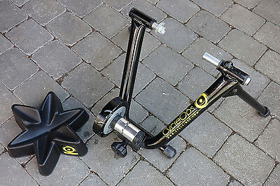 CycleOps Magneto indoor trainer and wheel stand