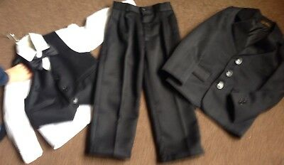 Boys suit age 4 Wedding/black Tie