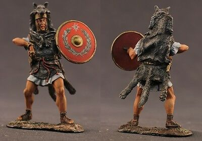 Tin toy soldiers  painted 54 mm Roman legionar