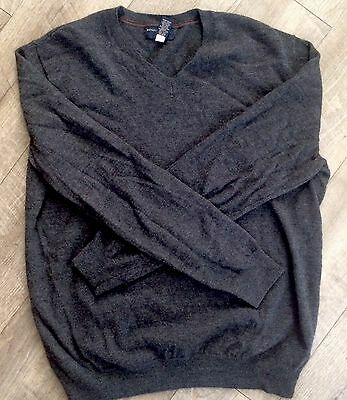Men's Banana Republic V Neck Sweater Gray Cashmere Size XL In Great Condition 😎