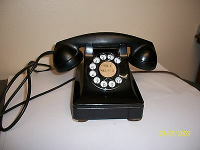 Vintage Black Desk Rotary Phone Bell System Western Electric F 1
