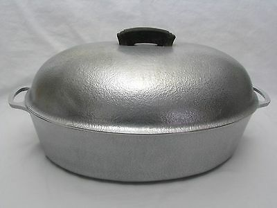 Vintage Large Club Aluminum Hammercraft Oval Roaster with Lid