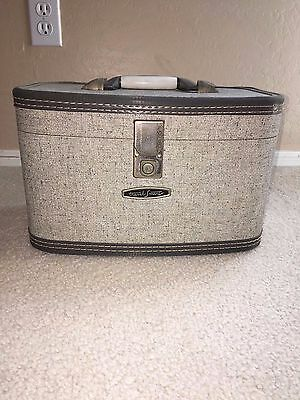 Vintage Gray Travel Smart Small Carrying Case/ Trunk