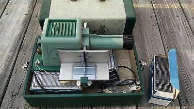 Brumberger Slide Viewer Projector with 2 Trays