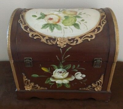 VTG Tole hand Painted Wood Hinged Storage Camelback Trunk Chest