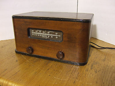Antique Meissner Tube Radio Table Model 8C Wood - Powers Up!
